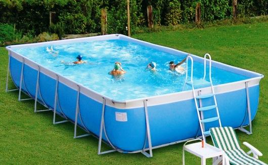 testovanie vody v bazéne