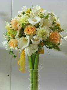 Kytici tvoříme z různě velkých a barevných květů